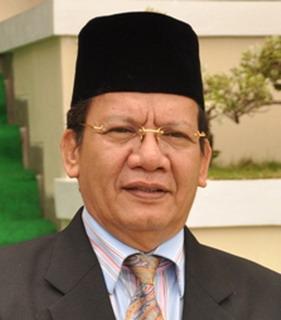 Hasil gambar untuk gubernur sulteng longki muslim